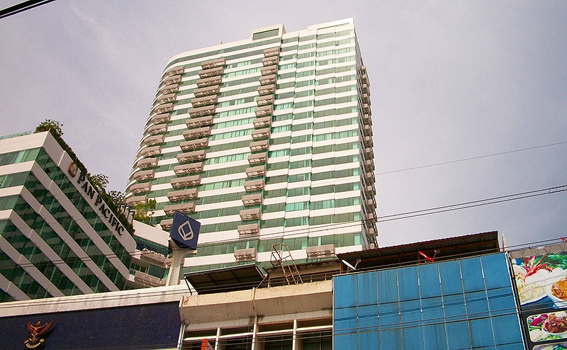 Eight Thonglor Residence