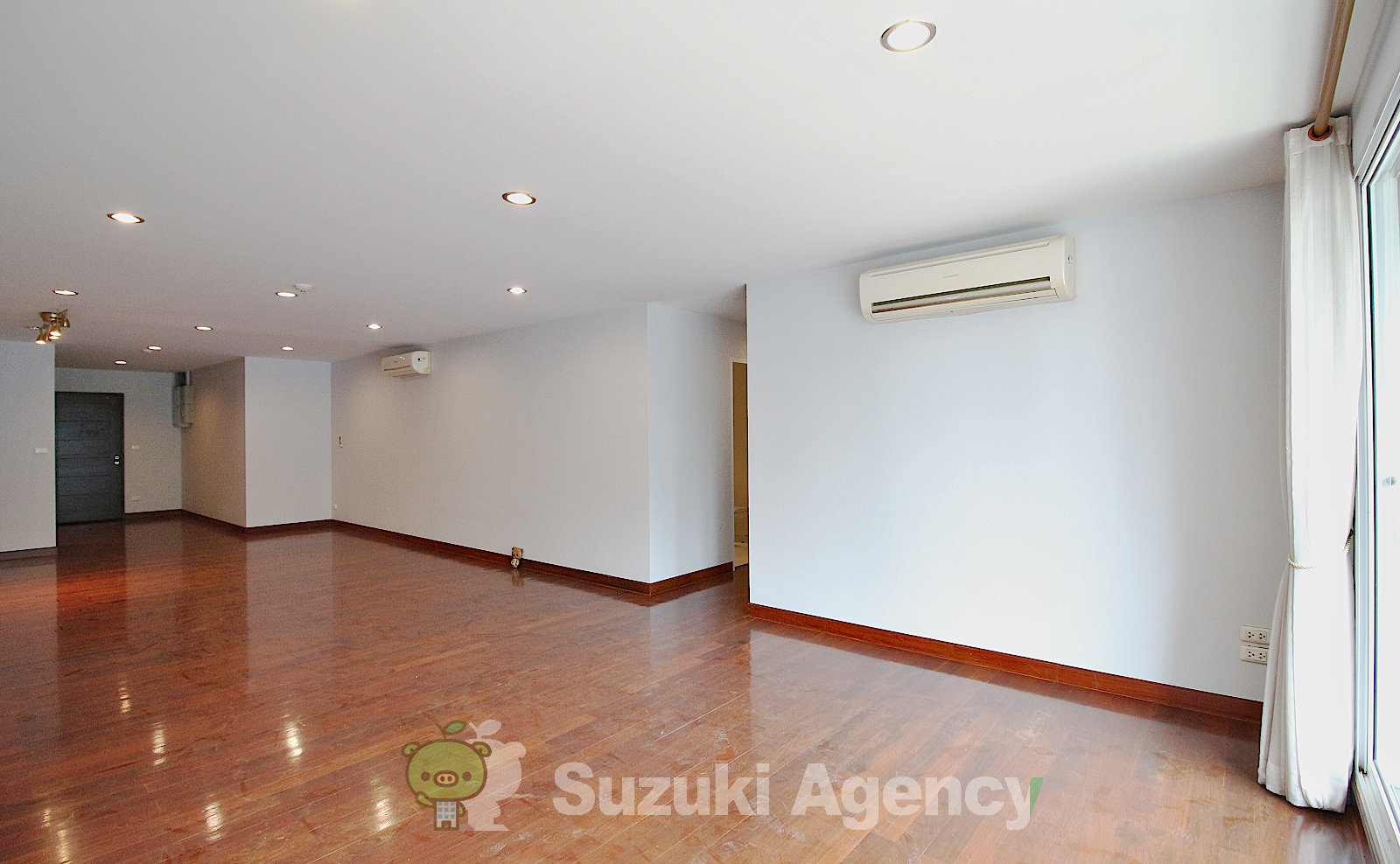 Urbana Sukhumvit 15:2Bed Room Photos No.4